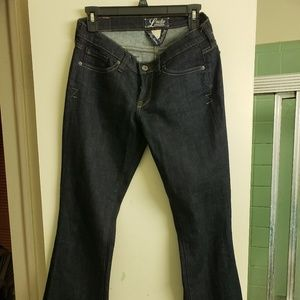 Girls size 4 -27 length lucky jeans.